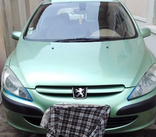 vends ma voiture une peugeot 307 hdi 2 0 110 xp premium voiture occasion ch teauvilain. Black Bedroom Furniture Sets. Home Design Ideas