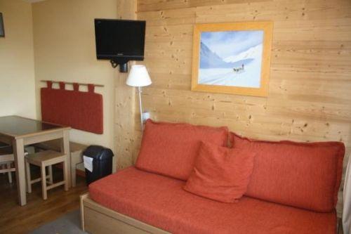 studio ours blanc vente appartement de 22m2 l 39 alpe d. Black Bedroom Furniture Sets. Home Design Ideas